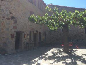 Castelnou - Small square